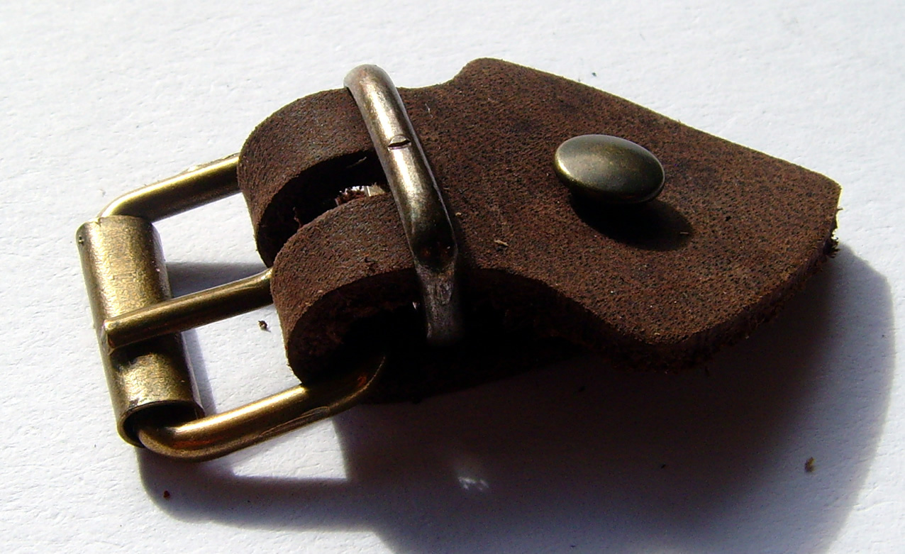Lederriemen Set mit Schnalle Silber Nieten 5 Pack Zum selber basteln 20mm beige