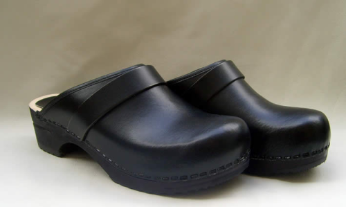 Clog Black Sanita